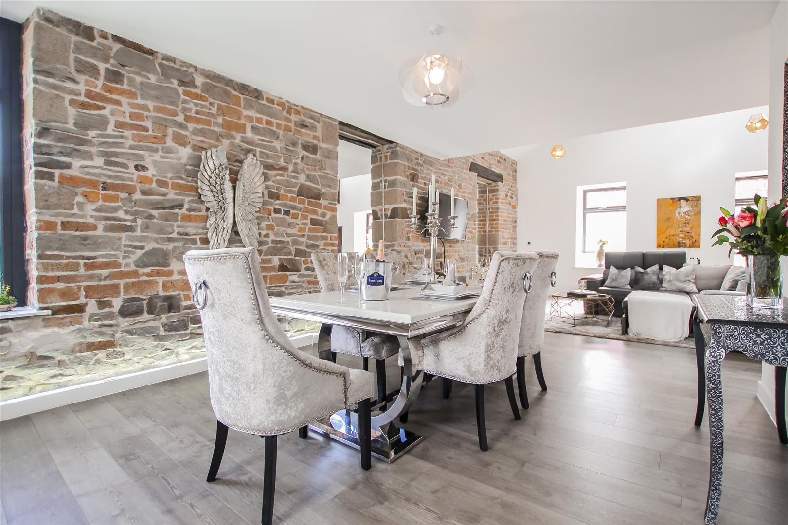 3 Bedroom Duplex Apartment For Sale - Image 5